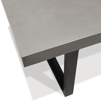 Nero Concrete Table