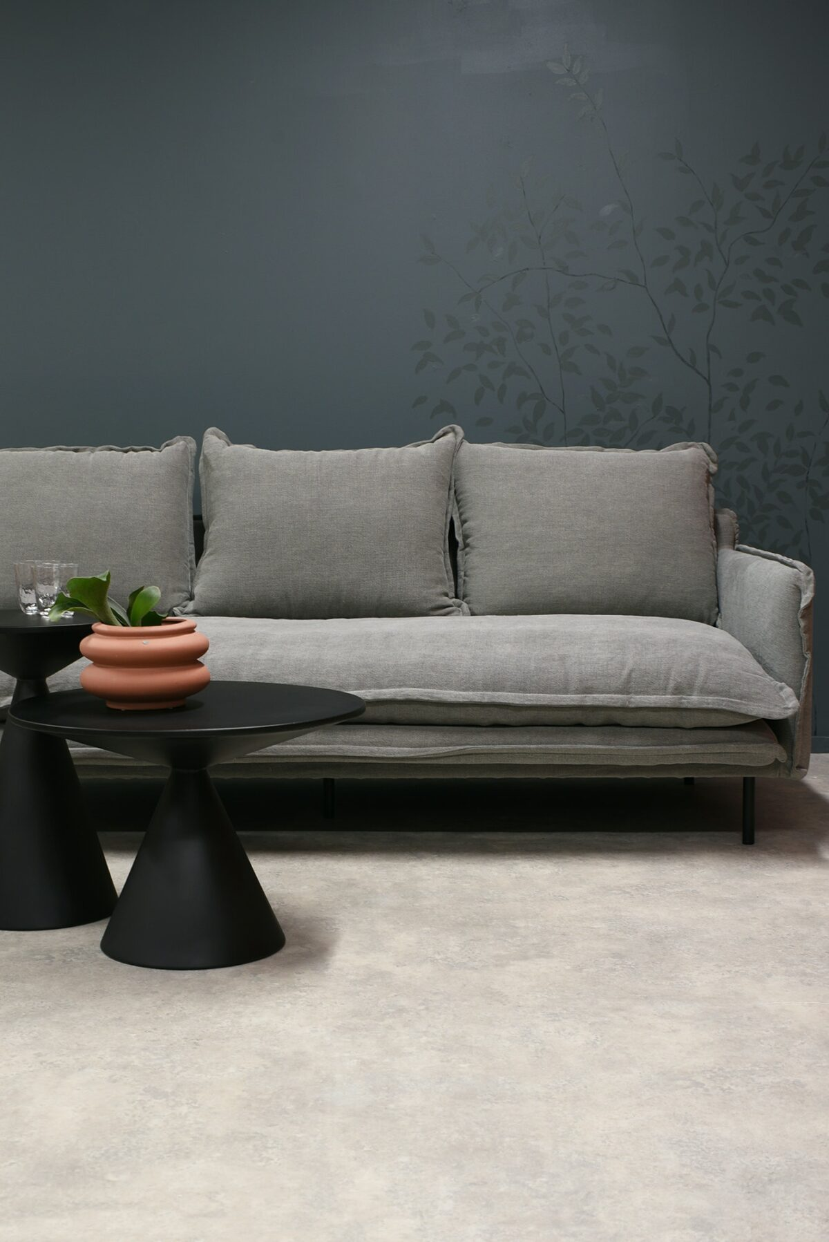 LOUIS Sofa 3-Seater w:3 Cushions Grey